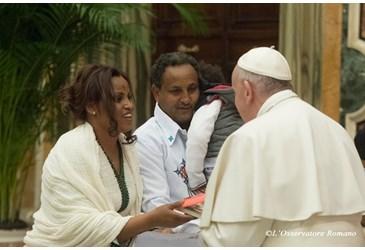 Il Papa sui migranti: è imperativo morale accoglierli e proteggerli