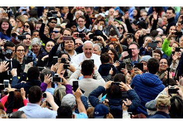 Papa: il cristiano semina speranza. Appello a non dimenticare migranti