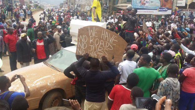 Camerun in crisi: il rischio è la secessione