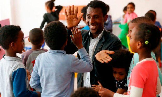 Mons. Pizzaballa: nuovi strumenti per essere al fianco dei migranti