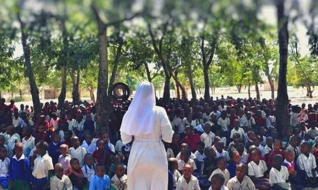 """""""Eccomi manda me"""", preghiera e solidarietà per le missioni"""